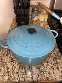 EXTREMELY RARE VINTAGE Paris blue Le Creuset 4.5Q Dutch oven