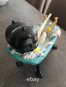 Extremely Rare! Betty Boop in Blue Glitter Bathtub Figurine Statue