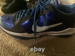 Extremely Rare Duke Team issued Nike Kobe V From Their 2010 Championship Season