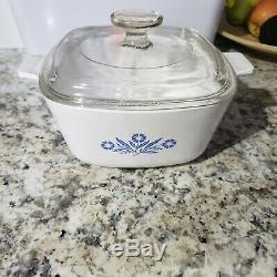 Extremely rare 1961 Corning Ware BLUE CORNFLOWER Oven Covered Casserole