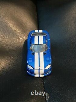 Hot Wheels FAO Schwarz Dodge Viper GTS Blue/White Stripes EXTREMELY RARE