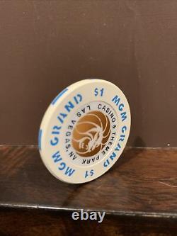 MGM Grand & Theme Park $1 Casino Chip BLUE Extremely Rare R-8