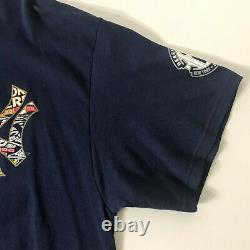 NY Yankees T-Shirt Vintage Derek Jeter Size XL Majestic Navy Extremely Rare CPT