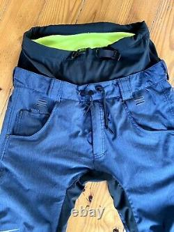 Nike SB Enigma Snowboarding Pants Navy Extremely Rare Size Medium
