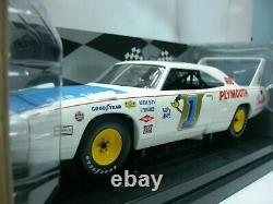 WOW EXTREMELY RARE Plymouth Superbird McCluskey Champion USAC 1970 118 RC2 ERTL