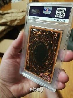 Yugioh Blue-Eyes White Dragon LOB-EN001 New PSA 9 MINT Condition Extremely Rare